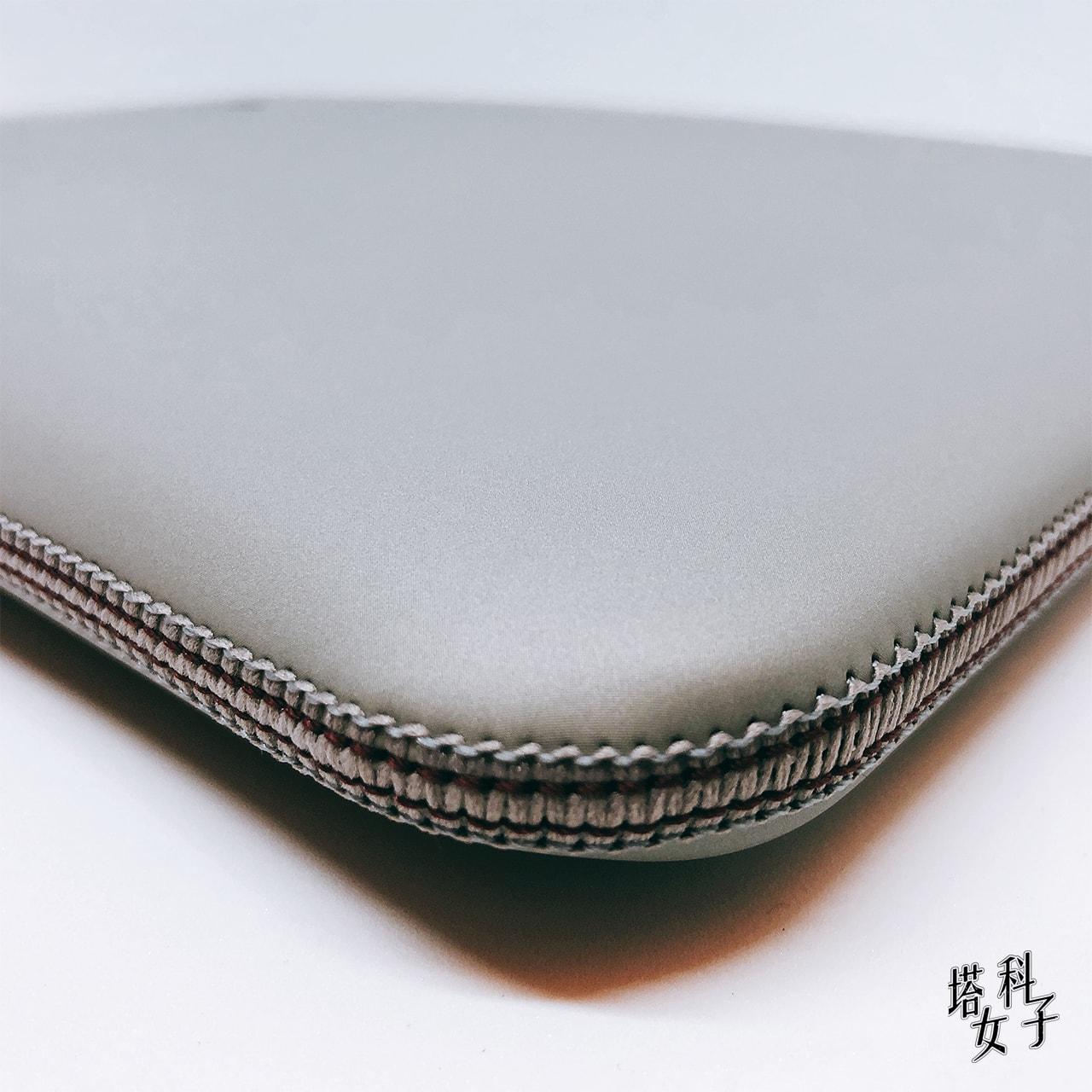 Acme Made - Skinny Sleeve 側面