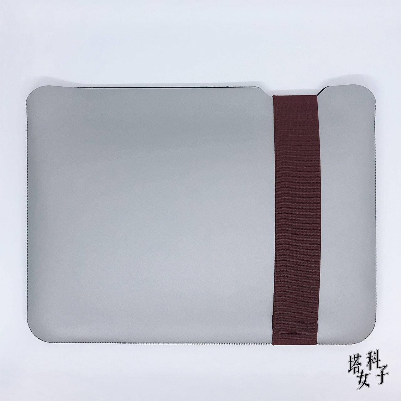 Acme Made - Skinny Sleeve 背面