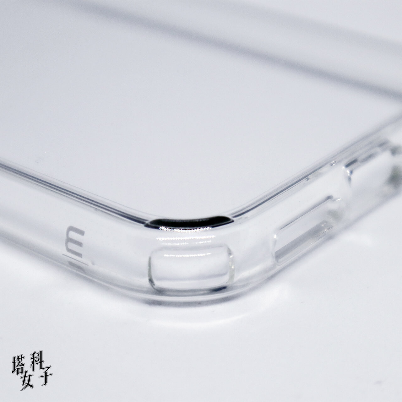 iPhone 11 TENC™ Air 國王新衣防摔氣墊殼 開箱評測 - 四角
