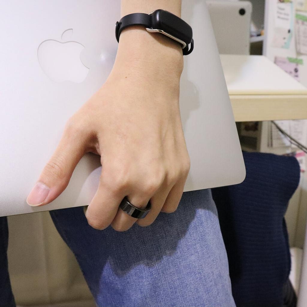 智慧戒指 Oura Ring 開箱|追蹤睡眠品質與身體數據  實際配戴